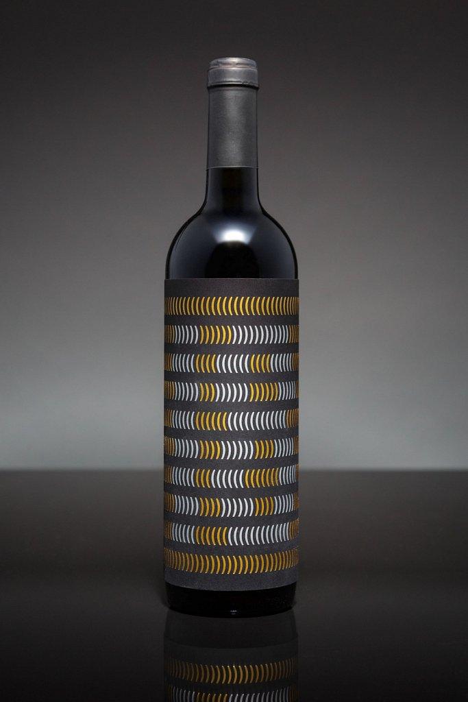 Bldg Eng Wine // Design By Pidgeon